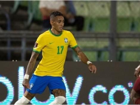 Destaque do Brasil, Raphinha tem relação próxima com Deco e Ronaldinho Gaúcho