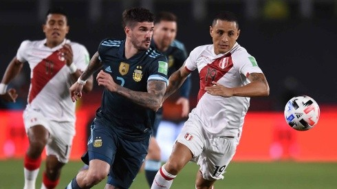 ¡Dura ausencia! Yotún vio la amarilla ante Argentina y no jugará contra Bolivia