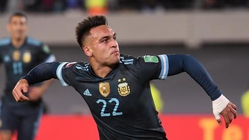 Lautaro Martínez abrió el marcador para Argentina.