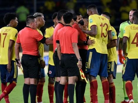 Los fuertes reclamos de los jugadores de Colombia al árbitro Diego Haro