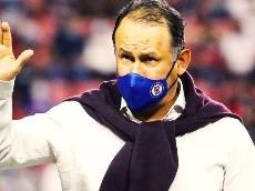 Juan Reynoso dejaría Cruz Azul y ya hay opciones para reemplazarlo