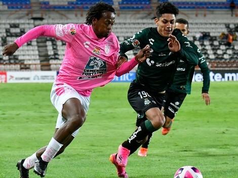 Santos Laguna jugó mal y rescató un empate ante Pachuca