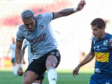 Parraguez es citado en Colo Colo por pequeña molestia física de Santos