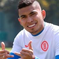 Video: Niño le dedica emotiva carta a Orbelín y le pide que vuelva a Cruz Azul