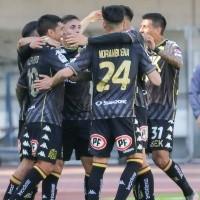 Unión Española vence a Antofagasta y se acerca a puestos de Libertadores
