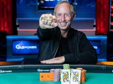 Estreante na copa do mundo de poker crava evento valendo bracelete e se torna campeão mundial