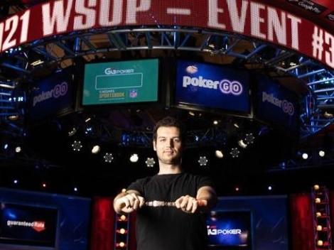 Australiano craque dos jogos caros de poker fatura mais de US$ 1 milhão e o terceiro bracelete