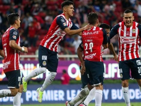 Cruz Azul pagó caro su desidia y Chivas le arrancó el empate