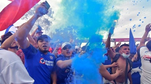 La Sangre Azul convocó caravana para funeral del América