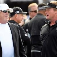 Dueño de Las Vegas Raiders rompe el silencio por salida de Jon Gruden