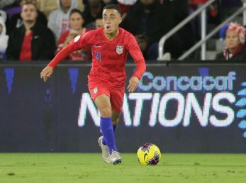 Sergiño Dest is set to make a move to Barcelona. (Getty)
