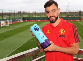 Bruno Fernandes of Manchester United is Presented with the Premier League Player of the Month for February. (Getty)