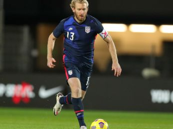 USMNT captain Tim Ream controls the ball during a match against Panama (@USMNT)