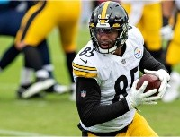 Eric Ebron puts NFL on blast over Steelers' schedule
