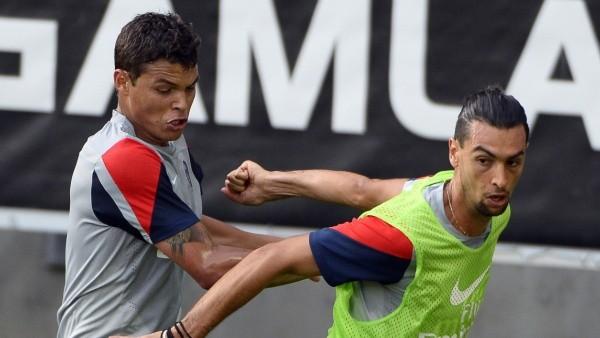 Pastore vs. Thiago Silva