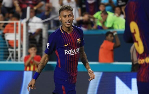 El documento que revela cuánto pagó el FC Barcelona por él — Neymar