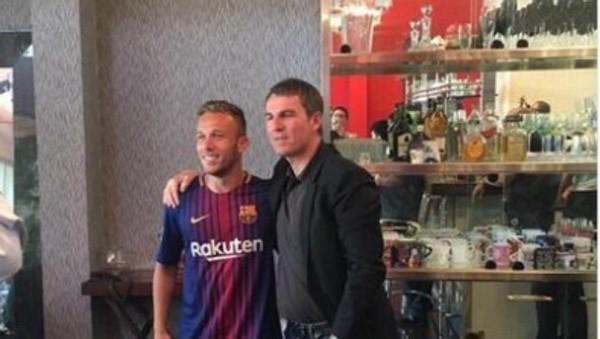 Gremio niega un acuerdo con Barcelona por Arthur