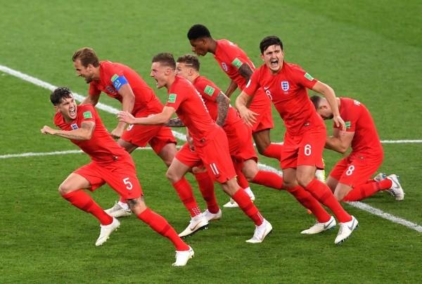 El festejo inglés por la clasificación. (FOTO: Getty)