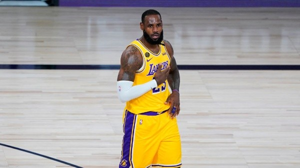 LeBron James, estrella de los Lakers